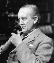 ProfessorTolkien - Professor Tolkien com seu cachimbo