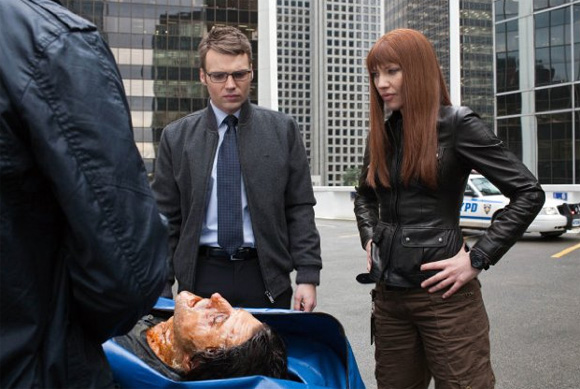 Fringe-S04E17-Lincoln-e-Olivia