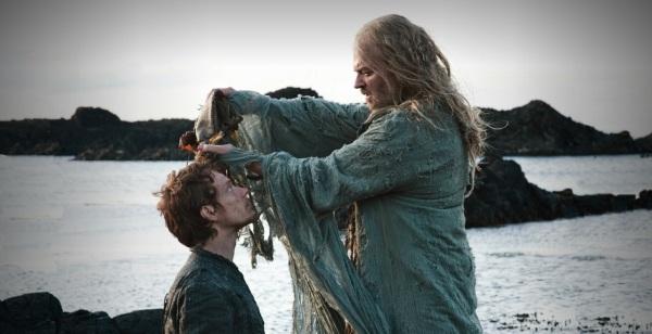 Game-of-Thrones-S02e03-Theon-e-Aeron