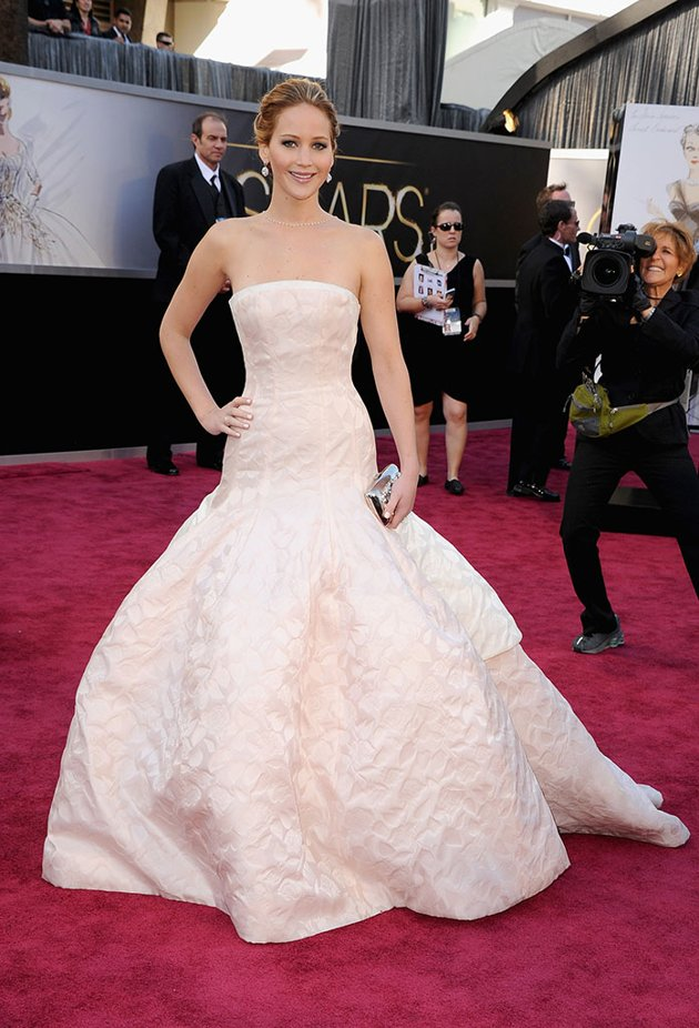 OSCAR-Jennifer-L-Dior-Haute-Couture