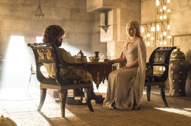 Daenerys-and-Tyrion-and-wine-Official-HBO-850x560