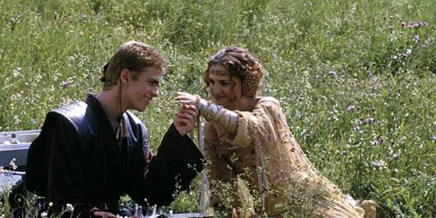 Star Wars - Anakin e Padme na grama