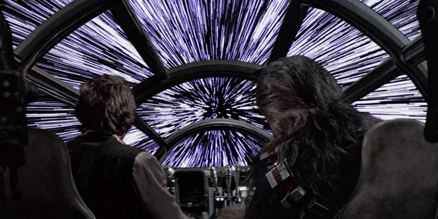 Star Wars IV - Millenium Falcon Velocidade da Luz