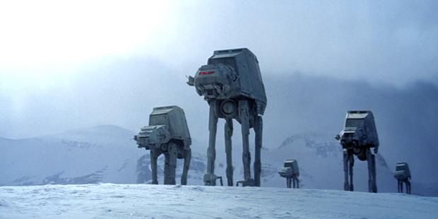 Star Wars V - Andadores na Neve