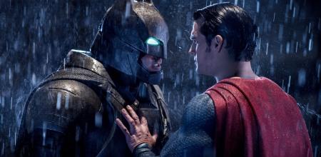 Batman Vs Superman: A Origem da Justiça - slider